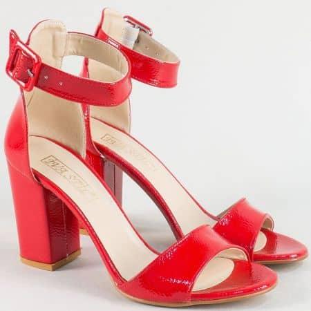 Червени дамски сандали със затворена пета и викок ток ma301lchv