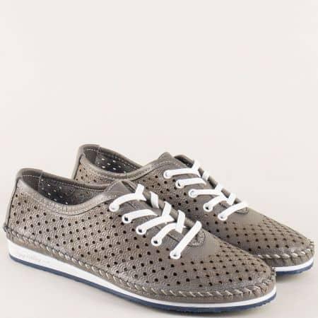 Перфорирани дамски обувки в сив цвят на равно ходило ma302dsv