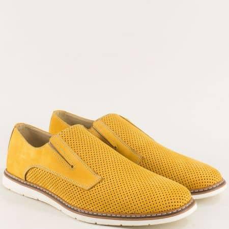Жълти мъжки обувки с перфорация от естествен набук  ma383nj