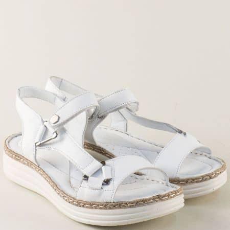 Бели дамски сандали на платформа с кожена стелка ma513b