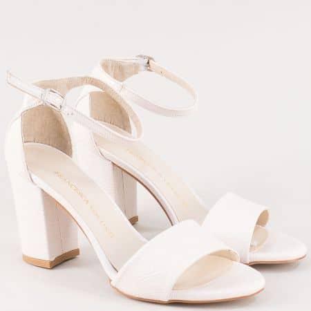 Бежови дамски сандали със затворена пета на висок ток ma546mlbj