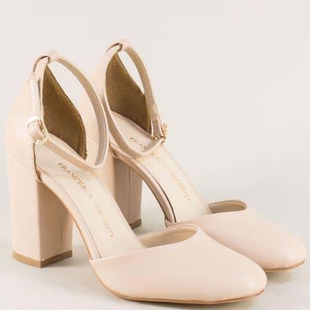 Бежови дамски сандали със затворени пръсти и пета ma596tbj