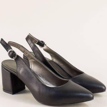 Кожени дамски обувки с отворена пета в черен цвят ma698ech