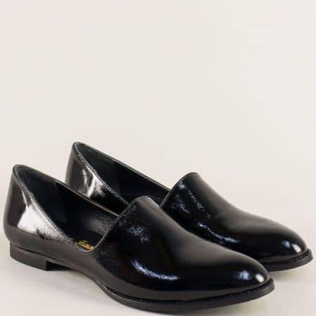 Лачени дамски обувки с кожена стелка в черен цвят ma700lch