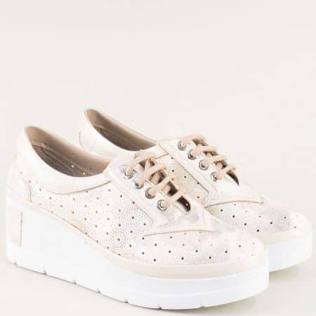 Бежови дамски обувки на платформа от естествена кожа на дупки ma706ps