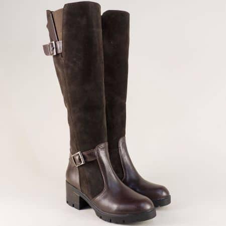 Тъмно кафяви дамски ботуши от естествена кожа и велур на среден ток ma907nkk