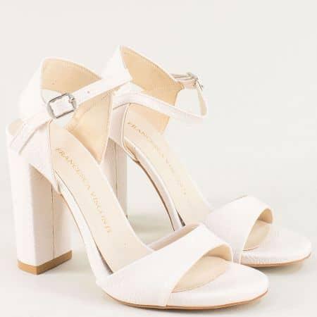 Дамски сандали на стабилен висок ток в бежов цвят ma978mlbj
