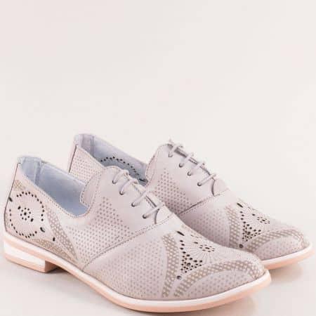 Комфортни кожени дамски обувки в бежов цвят на български производител madona91259bj