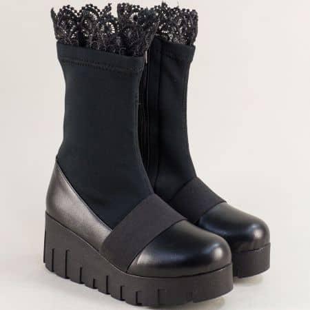 Дамски боти с дантела на платформа в черен цвят mat1000sch