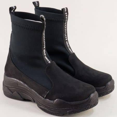 Дамски боти в черен цвят на удобна платформа mat1001vchsch