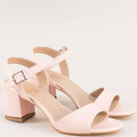 Дамски сандали на стабилен висок ток в розов цвят mat101rz