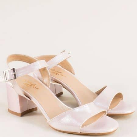 Розови дамски сандали с перлен блясък на висок ток mat101srz