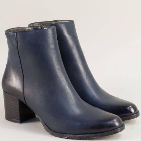 Сини дамски боти на среден ток от естествена кожа mat133s