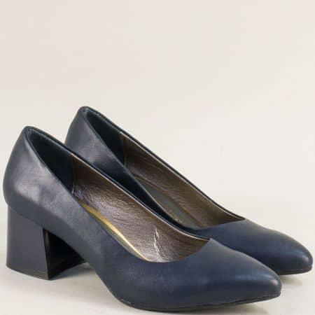 Сини дамски обувки на среден ток от естествена кожа mat743es