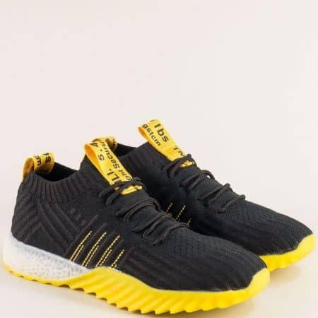 Спортни дамски обувки с връзки в черно и жълто me70chj