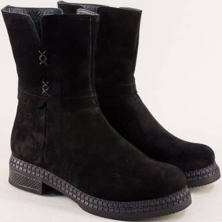 Класически модел дамски боти от естествен велур в черно с цип me902vch