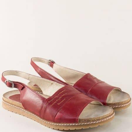 Анатомични дамски сандали в бордо на равно ходило milano5chv