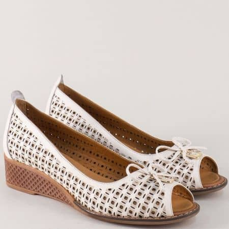 Бежови дамски обувки с отворени пръсти и кожена стелка mm025bj