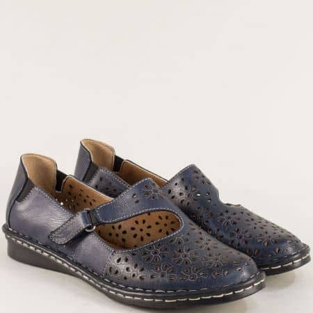 Кожени дамски обувки в тъмно син цвят с велкро лента mm100ts