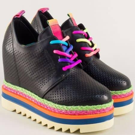 Черни дамски обувки с ярки връзки и перфорация mm170ch