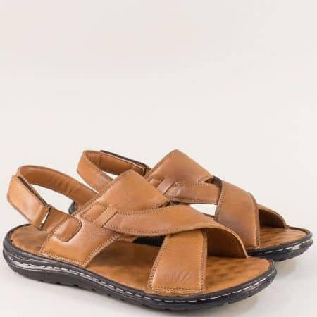 Кафяви мъжки сандали от естествена кожа с велкро лента mm204k