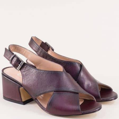 Дамски сандали от естествена кожа в бордо на среден ток mm503bd