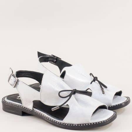 Бели дамски сандали от сатен и естествена кожа mm700sb