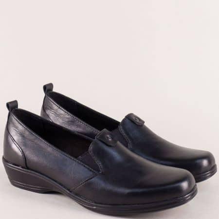 Дамски обувки в черен цвят на нисък ток с кожена стелка mm844ch