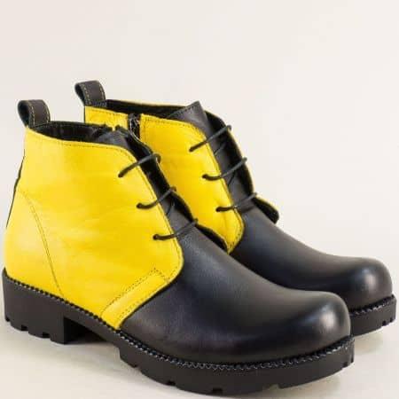 Атрактивни дамски боти от естествена кожа в черно и жълто mt50chj