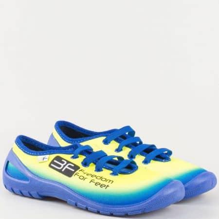 Гъвкави спортни детски обувки с ластични връзки в синьо midas1