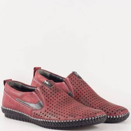 Мъжки ежедневни обувки изработени от 100% естествени материали - набук и кожа в цвят бордо m025nbd