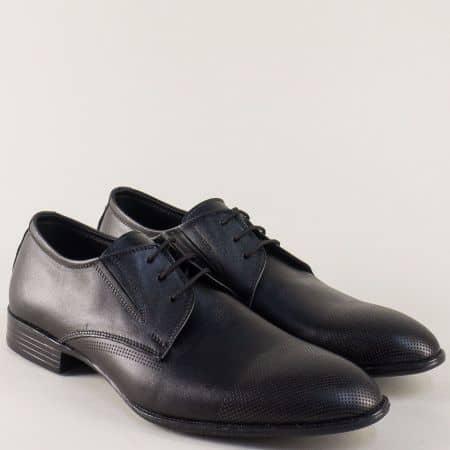 Мъжки обувки в черен цвят с връзки и кожена стелка n171ch