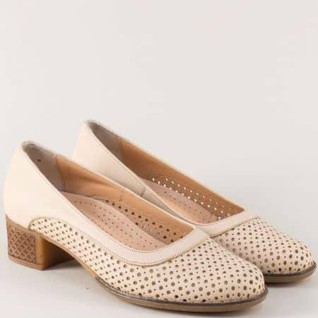 Перфорирани дамски обувки на нисък ток в бежов цвят n418bj