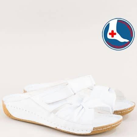 Бели дамски чехли на шито ходило от естествена кожа n620b