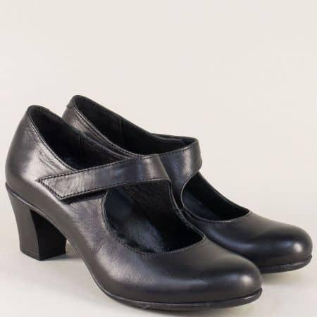 Кожени дамски обувки на среден ток с лепка в черен цвят n724ch