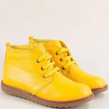 Жълти дамски боти на комфортно ходило от естествена кожа nn201j