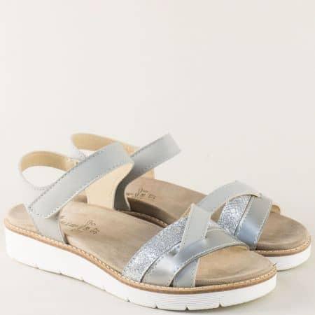 Дамски сандали в сив цвят с подвижна стелка и лепка nora03sv