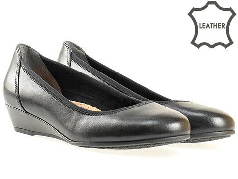 Черни дамски обувки на клин ходило от естествена кожа 822204ch