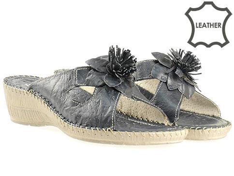 Ортопедични дамски чехли от естествена кожа в тъмно син цвят, произведени в Пещера 8469s