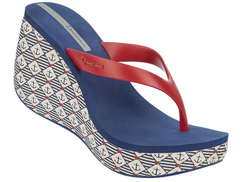 Комфортни бразилски дамски чехли  Ipanema на платформа с каишка между пръстите, изпълнени в син цвят с морски мотиви 8156990049