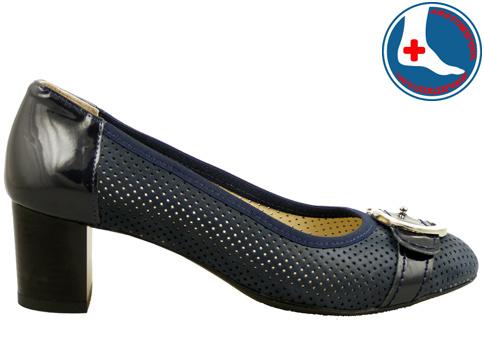 Луксозни дамски обувки с перфорация Naturelle z1202s