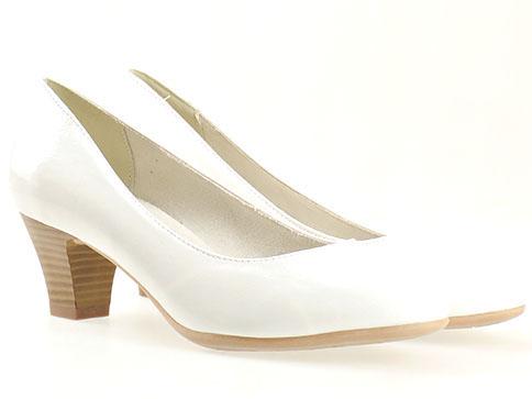 Комфортни дамски обувки Jana, Изпълнени са във висококачествен бял, еко лак 8822463lb