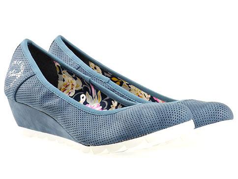 Дамски обувки с модерна перфорация на платформа с удобно ортопедично ходила на немската фирма S.Oliver  522303s