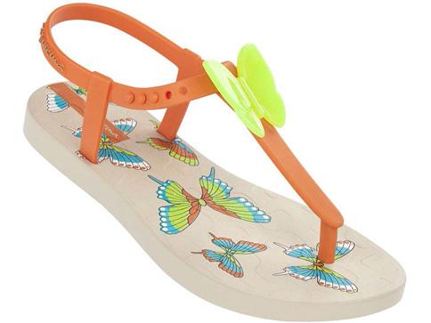 Удобни детски сандали Ipanema за момичета със свежи пеперуди в бежов цвят 81206223540