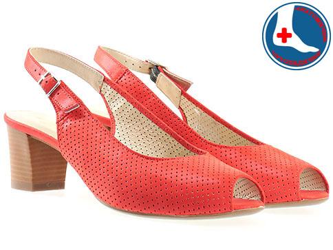 Дамски ежедневни сандали с ефектна перфорация и каишка на анатомично комфортно ходило в червен цвят z1226chv