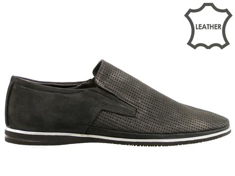 Мъжки обувки, тип мокасини с пластично и комфортно ходило, изработени от естествен набук m026nch