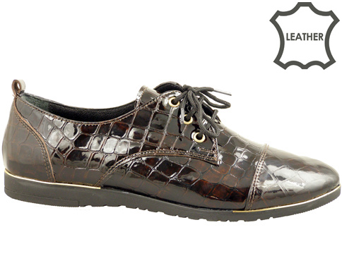 Равни дамски обувки, изработени от естествен кроко лак 605234klk