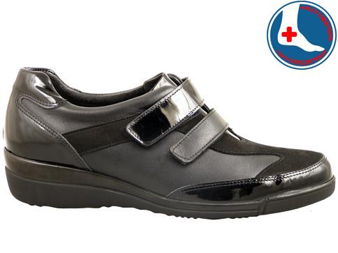 Анатомични обувки  Naturelle с две лепенки z7008ch