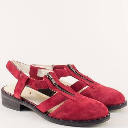 Велурени дамски сандали в червен цвят на нисък ток regina2vchv