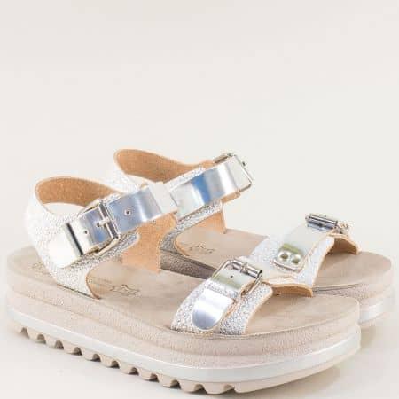 Дамски сребърни сандали на дебело ходило от естествена кожа s103sr